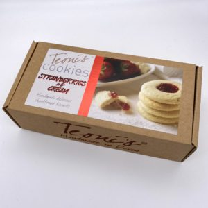 Teonis cookies strawberry and cream shortbread