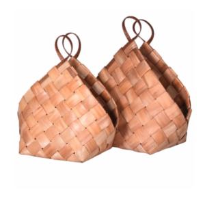 Metasequoia Weaved Triangular Baskets
